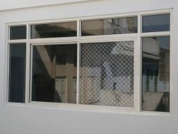 Saket Alluminium White Aluminium Fixed Glass Window, For Home,Office, Size/Dimension: 3 X 6 Feet (h X W)