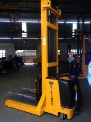 Battery Operated Electrical Stacker -on Rental services