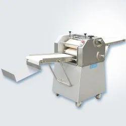 CR-4000 Croissant Machine