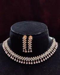 Artificial Diamonds Ladies Party Wear Brass Necklace Set, Weight: 60 Grm
