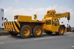 Priyaa Truck Mounted Crane