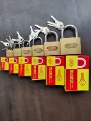 With Key Golden iron padlock, Packaging Size: 10 - 20 Pieces, Stainless Steel
