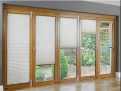 Sandwich Glass Blinds