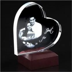 Heart Shaped 2D Crystal Gift
