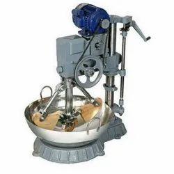Kaju Musti Machine