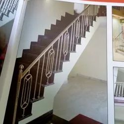 Stainless Steel Polished Step Design Stairs Railing, For Hotel