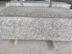 Slab Milky White Granite, Thickness: 15-20 mm