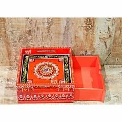 Modern Multicolor Wooden Tray Drawer With Emboss Painting, For Home