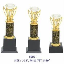 Crystal in Metal Leaf Metal Trophy
