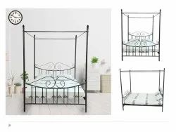 4 poster bed