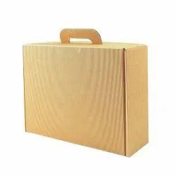 Medium Natural Card Suitcase