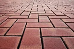 Rectangular Red Concrete Brick Paver, Size: 6 X 4 Inch, Thickness: 60 Mm