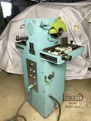 TOS BNNK32A Tool Grinding Machine