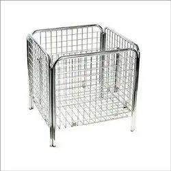 SS Square Bin Baskets, For Malls And Showroom, Size: 2x2 Feet