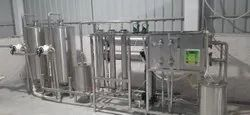 FULLY AUTOMATIC FILLING SYSTEM FOR MINERAL WATER