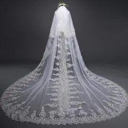 Embroiderer Bridal Veil