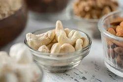 Steamed Natural Cashew Nut W320 (Kaju), Packaging Size: Depends on order