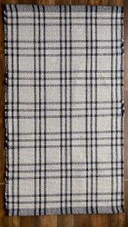 Rectangular Black Hand Woven Cotton Rug, For Floor, Size: 25 X 43 Inch