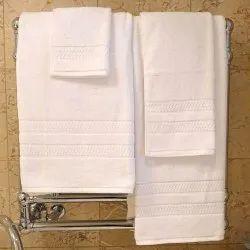 Top Brand Cotton Luxury Hotel White Bath Towels, Rectangular, 550-650 GSM