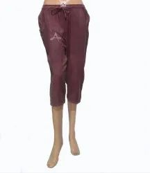 Embroidered Maroon Ladies Casual Wear Rayon Capri, Size: Free Size