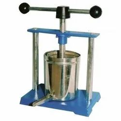 Round A-One Stainless Steel Rectangular Tincture Press, For Pharmacology, Capacity: 1 Litre