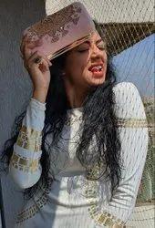 Bridal Pink Zari Clutch, Size: 5