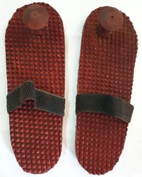 Tora Wooden Relaxing Acupressure Foot/feet Massager Slippers Khadau Type For Good Health