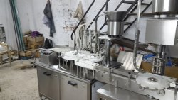 Automatic Eight Head Vial Filling and Rubber Stoppering Machine