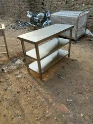 Stainless Steel Polished Ss Work Table With 2 Under Shelves, Size: 4 Feet