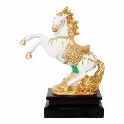 Polyresin Horse Statue/Sculpture with Wooden Base