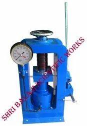 Analog Manual compression testing machine, Capacity: 1000kn