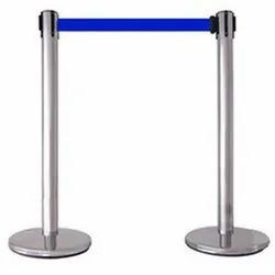silver queue manager stand