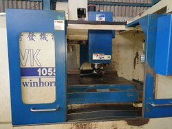 Used And Old Make Twinhorn VK 1055 CNC Vertical Machine Center 2003