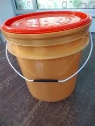 7.5 L HDPE Lubricant Oil Bucket