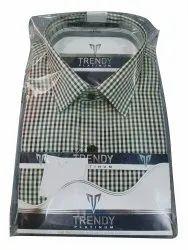Trendy Platinum Cotton Men Check Formal Shirt, Machine wash, Size: 38
