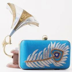 Box Clutch Multicolor Feather Embroidery Clutches, Size: 8x4 Inch