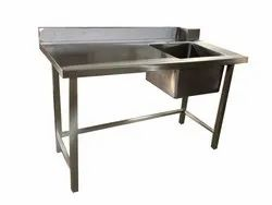 Stainless Steel Matte Work Table With Sink, Sink Shape: Square, Number Of Sinks: 1