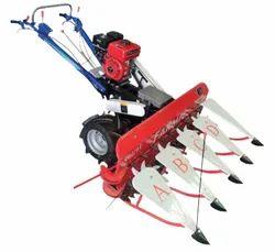 Self Propelled Power Reaper Farmic Brand