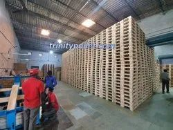4 Way Brown Rectangular Wooden Pallet, For Export Industry, For Packaging