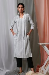 Janasya Women's White Cotton Kurta With Pocket(J0149)