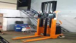 Hydraulic Mild Steel Industrial Lifting Equipment, Lifting Capacity: 1500 Kg