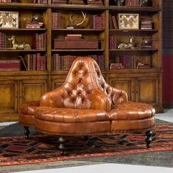 Round Antique Vintage Leather Sofa, For Office, Size: 57*39''