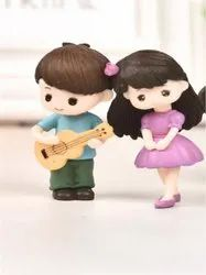 PVC Lover Couple Miniature Showpiece (Style 36 - Style 37), Packaging Type: Plastic Box