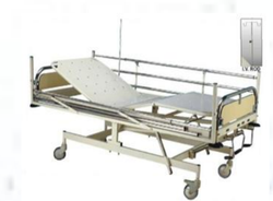 Standard Hospital Icu Bed, Stainless Steel, Size/Dimension: 2170 Mm X1020mm X600 Mm Ht