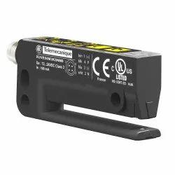 Telemecanique XUVE04M3KSNM8 Label Sensor