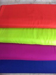 95 cm Viscose Rayon Fabric, GSM: 140, Design/Pattern: Plain