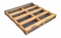 Square 2 Way Pine Wooden Pallet, For Packaging