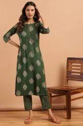 Janasya Women's Green Rayon Slub Kurta With Pant(SET262)