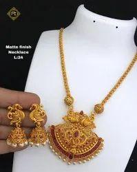 Imitation necklace Jewellery set