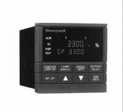 UDC 3300 Universal Digital Controller